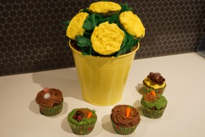 Easter Cupcake Bouqet And Cupcakes