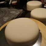 3 täckta tårtor