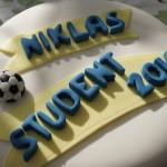 Studenttårta med fotboll